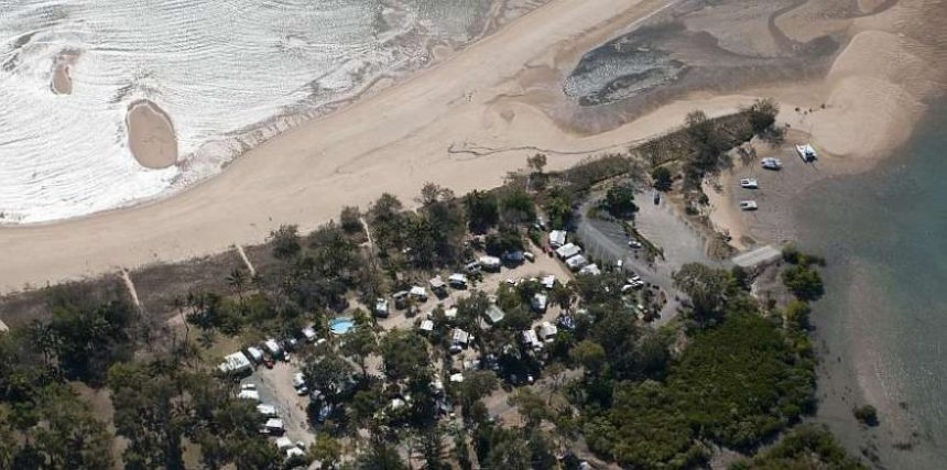Bucasia Beachfront Caravan Park location